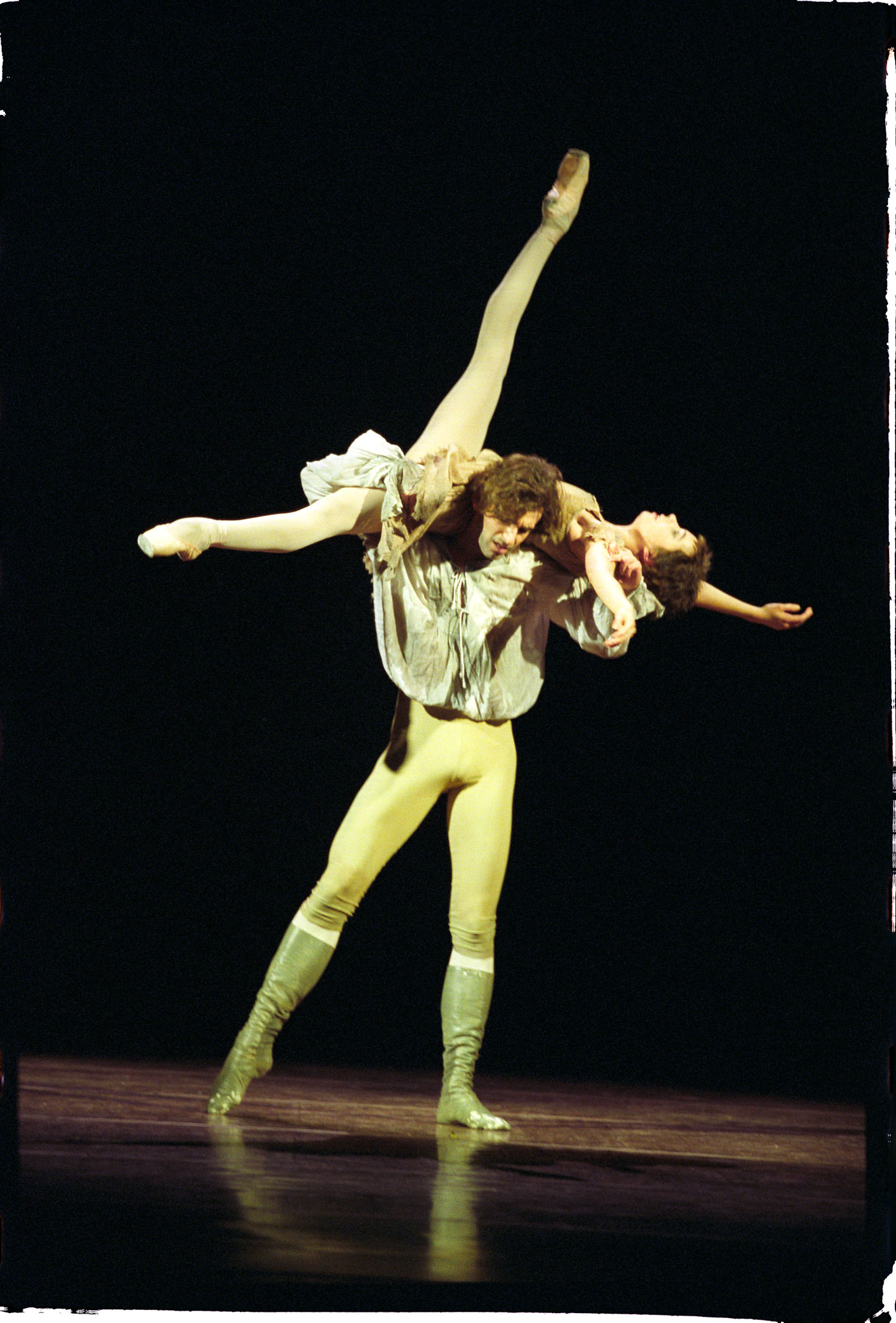 Manon in Manon with Dragos Mihalcea photo Mats Bäcker